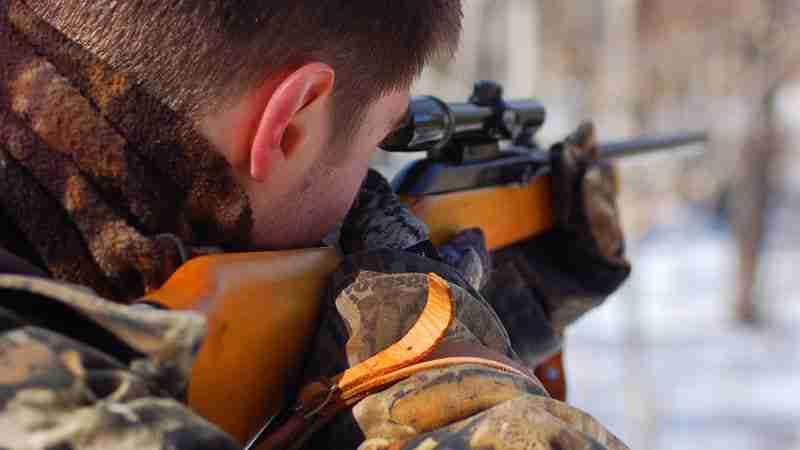 A rifle hunter
