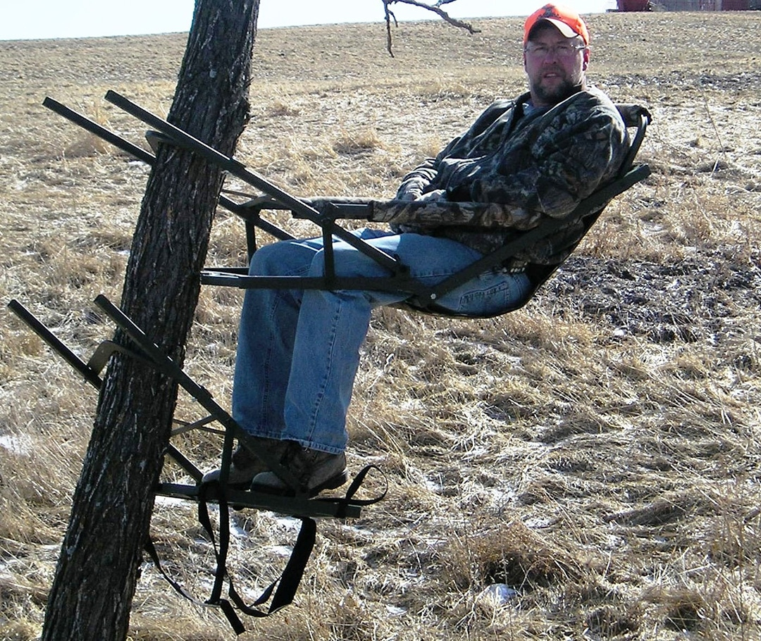 How To Build A Tree Stand To Get On The Tree Captainhunter